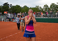 Paris, France, 28 June, 2016, Tennis, Roland Garros, Kiki Bertens (NED) defeated Daria Kasatkina (RUS) and emotionaly walks off the court<br /> Photo: Henk Koster/tennisimages.com