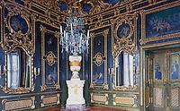 Wurzburg: Wurzburg Palace. Nordliche Kaiserzimmer Grunlackiertes Zimmer.