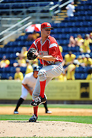Batavia Muckdogs pitcher Josh Easley (41) during game against the Staten Island Yankees at Richmond County Bank Ballpark at St.George on July 18, 2013 in Staten Island, NY.  Batavia defeated Staten Island 8-2.  (Tomasso DeRosa/Four Seam Images)