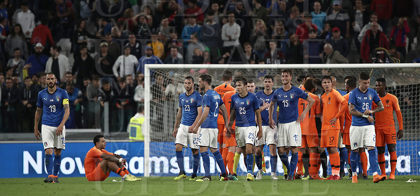International friendly football match Italy vs The Netherlands, Allianz Stadium, Turin, Italy, June 4, 2018. <br /> Italy's players greets Netherlands' players at the end of the international friendly football match between Italy and The Netherlands at the Allianz Stadium in Turin on June 4, 2018.<br /> Italy and The Netherlands drawns 1-1.<br /> UPDATE IMAGES PRESS/Isabella Bonotto