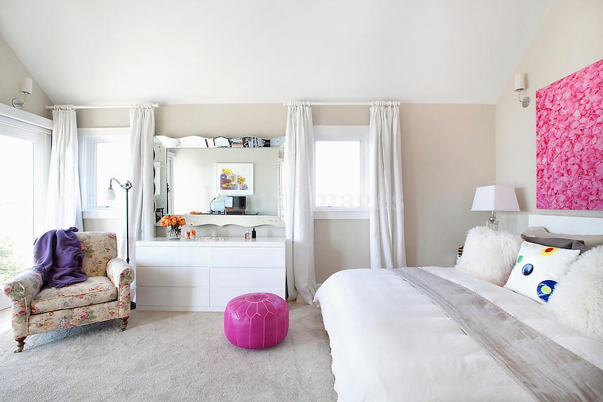 contemporary designed bedroom