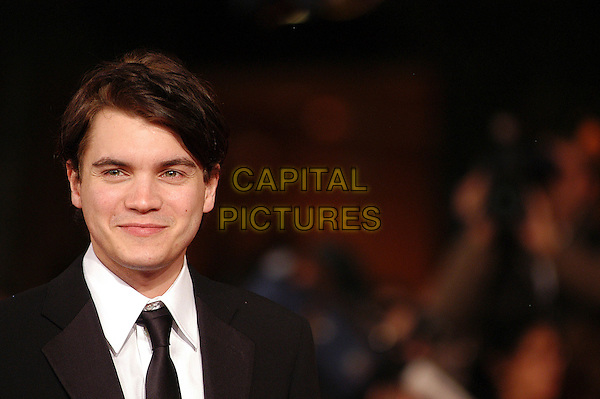 """EMILE HIRSCH.Red carpet arrivals for the film """"Into The Wild"""" during the 2nd Annual Rome Film Festival, Rome, Italy..Red carpet arrivals for the film """"Into The Wild"""" .October 24th, 2007.headshot portrait .CAP/CAV.©Luca Cavallari/Capital Pictures."""