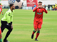TUNJA - COLOMBIA, 27-02-2019: Israel Alba de Patriotas celebra después de anotar el primer gol de su equipo durante partido por la fecha 7 de la Liga Águila I 2019 entre Patriotas Boyaca y Once Caldas jugado en el estadio La Independencia de la ciudad de Tunja. / Israel Alba of Patriotas celebrates after scoring the first goal of his team during match for the date 7 of the Liga Aguila I 2019 between Patriotas Boyaca and Once Caldas played at La Independencia stadium in Tunja city. Photo: VizzorImage / Edward Santiago Leguizamon / Cont