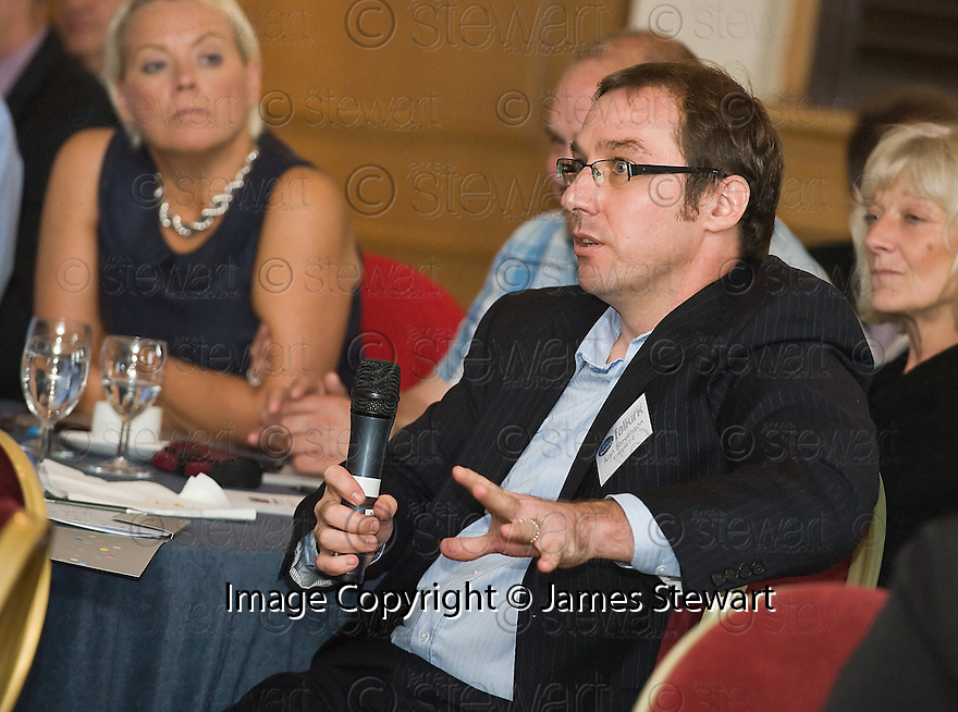 24/09/2010   Copyright  Pic : James Stewart.041_fbp_conf_2010  .::  FALKIRK BUSINESS PANEL :: 2010 CONFERENCE ::  SPEAKERS :: DELEGATES AT THE CONFERENCE ::.