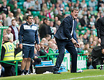 Celtic v St Johnstone …26.08.17… Celtic Park… SPFL<br />Tommy Wright urges his players on<br />Picture by Graeme Hart.<br />Copyright Perthshire Picture Agency<br />Tel: 01738 623350  Mobile: 07990 594431