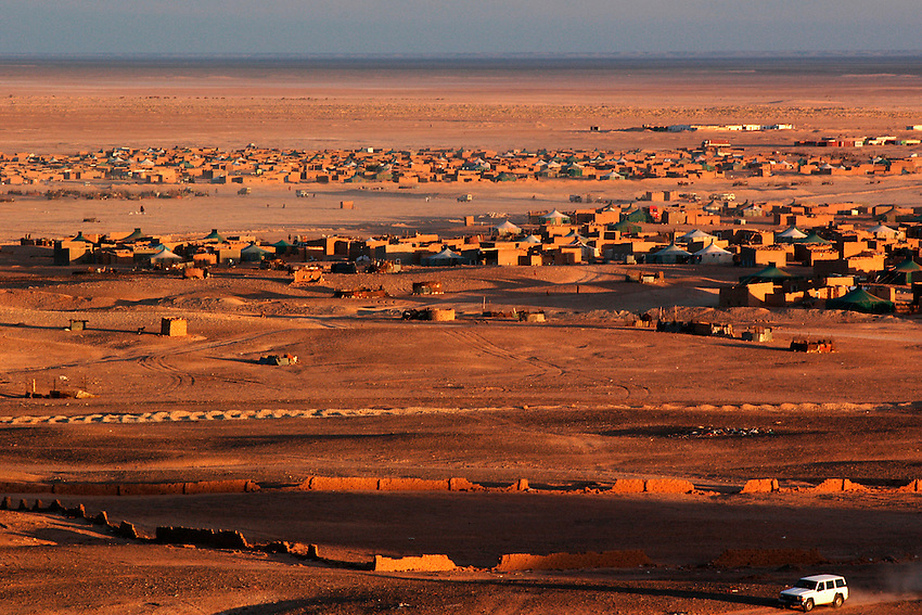 A view of the Aaiun wilaya is seen on December 15, 2003. Saharawi people have been living at the refugee camps of the Algerian desert named Hamada, or desert of the deserts, for more than 30 years now. Saharawi people have suffered the consecuences of European colonialism and the war against occupation by Moroccan forces. Polisario and Moroccan Army are in conflict since 1975 when Hassan II, Moroccan King in 1975, sent more than 250.000 civilians and soldiers to colonize the Western Sahara when Spain left the country. Since 1991 they are in a peace process without any outcome so far. (Ander Gillenea / Bostok Photo)