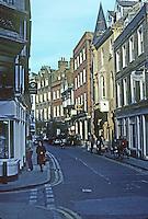 Cambridge: King's Parade. Photo '82.