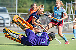 Mannheim, Germany, September 13: During the 1. Bundesliga women fieldhockey match between Mannheimer HC and UHC Hamburg on September 13, 2020 at Am Neckarkanal in Mannheim, Germany. Final score 1-1. (Copyright Dirk Markgraf / www.265-images.com) *** Noelle Rother #1 of UHC Hamburg, Nadine Kanler #4 of Mannheimer HC