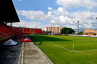 ENVIGADO - COLOMBIA, 26-09-2020: Panoramica del estadio  Polideportivo Sur previo al partido entre Envigado F. C. y Atletico Junior, de la fecha 10 de la Liga BetPLay DIMAYOR I 2020 jugado en el estadio Polideportivo Sur de la ciudad de Envigado. / View of the Polideportivo Sur stadium. prior a match between Envigado F. C. y Atletico Junior of the 10th date for the BetPLay DIMAYOR Leaguaje I 2020 played at the Atanasio Girardot Stadium in Medellin city. / Photo: VizzorImage / Luis Benavides / Cont.