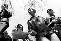 Defile pour le premier jour de l'EXPO 67 - Terre des Hommes<br /> en avril 1967 (date exacte inconnue)<br /> <br /> PHOTO :  Alain  Renaud - Agence Quebec Presse
