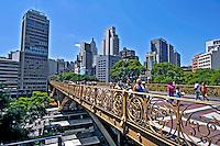 Viaduto Santa Efigênia. São Paulo. 2008. Foto de Juca Martins.