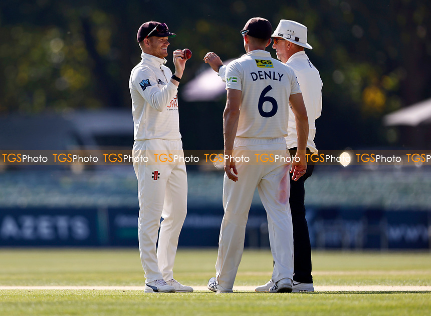 Kent captain Sam Billings takes issue with the match ball during Kent CCC vs Worcestershire CCC, LV Insurance County Championship Division 3 Cricket at The Spitfire Ground on 7th September 2021