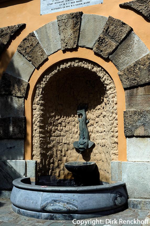 Brunnen in der Altstadt von Bastia, Korsika, Frankreich