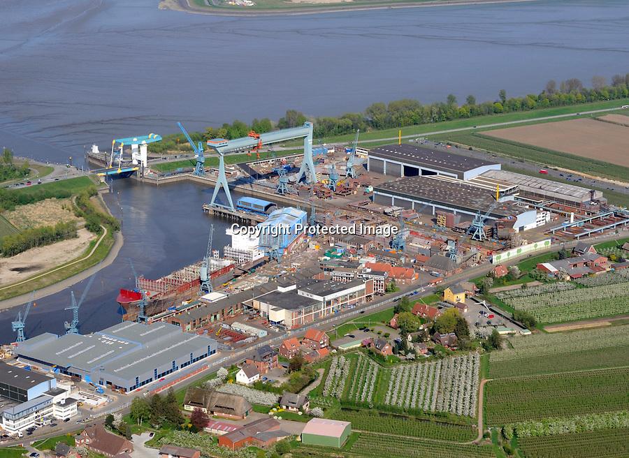 Sietas Werft: EUROPA, DEUTSCHLAND, HAMBURG, CRANZ, (EUROPE, GERMANY), 16.04.2009: An der suedwestlichen Peripherie der Freien und Hansestadt Hamburg liegt die Schiffswerft J. J. Sietas an der Muendung der Este, die in die Elbe, die Hauptverkehrsader Hamburgs, fliesst. Im Sommer 1635, also vor dreieinhalb Jahrhunderten, wurde die Sietas-Werft mitten im Obstbaugebiet des Alten Landes an der Este gegruendet. Die traditionsreiche Werft hat sich in den letzten Jahrzehnten zu einer der effektivsten mittleren Werften der EU mit einer breiten Produktionspalette entwickelt. Gebaut werden hier: Fahrgast- und Ro/Ro-Schiffe, Kombinierte Ro/Lo-Schiffe, Schwergutschiffe, Mehrzweckfrachter, Offene Containerschiffe, Container-Schiffe, Kuestenmotorschiffe, Papiertransporter, Chemikalien-/Gastanker, Selbstentladende Bulker, Fischerei-/Sonderfahrzeuge. - Aufwind-Luftbilder Stichworte: Europa, Deutschland, Hamburg, Cranz, Luftaufnahme, Luftbild, Luftansicht, Schiff, Schiffe, Schiffsverkehr, Verkehr, Werft, Schiffswerft, J., Sietas, Este, Fluss, Wasser, Altes, Land, produzieren, Wirschaft, Produktion, Schiffsbau, Schiffbau, Bau, bauen, herstellen, Herstellung, Kran, Kraene, Anlage, Schiffebau, Industrie, Strasse, Strassen, Unternehmen <br /><br />c o p y r i g h t : A U F W I N D - L U F T B I L D E R . de<br />G e r t r u d - B a e u m e r - S t i e g 1 0 2, <br />2 1 0 3 5 H a m b u r g , G e r m a n y<br />P h o n e + 4 9 (0) 1 7 1 - 6 8 6 6 0 6 9 <br />E m a i l H w e i 1 @ a o l . c o m<br />w w w . a u f w i n d - l u f t b i l d e r . d e<br />K o n t o : P o s t b a n k H a m b u r g <br />B l z : 2 0 0 1 0 0 2 0 <br />K o n t o : 5 8 3 6 5 7 2 0 9<br />C o p y r i g h t n u r f u e r j o u r n a l i s t i s c h Z w e c k e, keine P e r s o e n l i c h ke i t s r e c h t e v o r h a n d e n, V e r o e f f e n t l i c h u n g  n u r  m i t  H o n o r a r  n a c h M F M, N a m e n s n e n n u n g  u n d B e l e g e x e m p l a r !