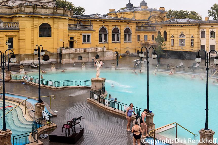 neobarockes Széchenyi Bad, Széchenyi gyógyfürdö, Àllatkeiti krt 11, Budapest, Ungarn
