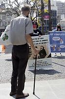 Campinas (SP), 13/09/2020 - Ato professores - Professores da cidade de Campinas (SP), realizaram um ato neste domingo (13), contra o retorno das aulas presenciais devido ao covid-19. Eles caminharam com faixas do Largo do Rosario ate a escadaria da prefeitura. (Foto: Denny Cesare/Codigo 19/Codigo 19)