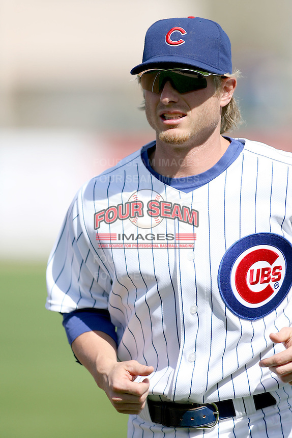 February 29, 2008: Mike Fontenot of the Chicago Cubs at Hohokam Park during spring training in Mesa, AZ. Photo by:  Chris Proctor/Four Seam Images