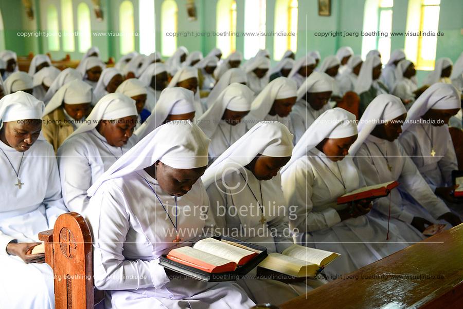 TANZANIA Bukoba, retreat of St. Theresa Sisters / TANSANIA Bukoba, St. Theresa Sisters,  Schwestern Seminar und Retreat