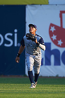 Brooklyn Cyclones outfielder Oswald Caraballo (9) catches a fly ball during the first game of a doubleheader against the Connecticut Tigers on September 2, 2015 at Senator Thomas J. Dodd Memorial Stadium in Norwich, Connecticut.  Brooklyn defeated Connecticut 7-1.  (Mike Janes/Four Seam Images)