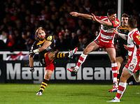 Photo: Richard Lane/Richard Lane Photography. Gloucester Rugby v London Wasps. Aviva Premiership. 02/11/2013 Wasps' Andy Goode goes for a drop goal.