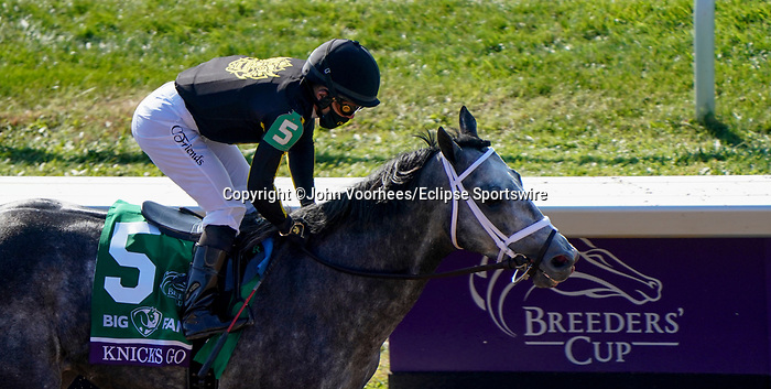 November 7, 2020 : Knicks Go, ridden by Joel Rosario, wins the Big Ass Fans Dirt Mile on Breeders' Cup Championship Saturday at Keeneland Race Course in Lexington, Kentucky on November 7, 2020. John Voorhees/Breeders' Cup/Eclipse Sportswire/CSM