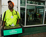 LOUISVILLE, KY - MAY 05: A vendor sells Mint Juleps on Kentucky Derby Day at Churchill Downs on May 5, 2018 in Louisville, Kentucky. (Photo by Eric Patterson/Eclipse Sportswire/Getty Images)