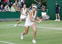 29-6-07,England, Wimbldon, Tennis, Michaella Krajicek in de dubbel met haar partner de Poolse Radwanska