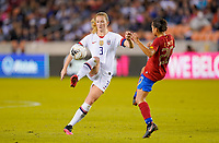 HOUSTON, TX - FEBRUARY 03: Samantha Mewis #3 of the United States moves with the ball during a game between Costa Rica and USWNT at BBVA Stadium on February 03, 2020 in Houston, Texas.