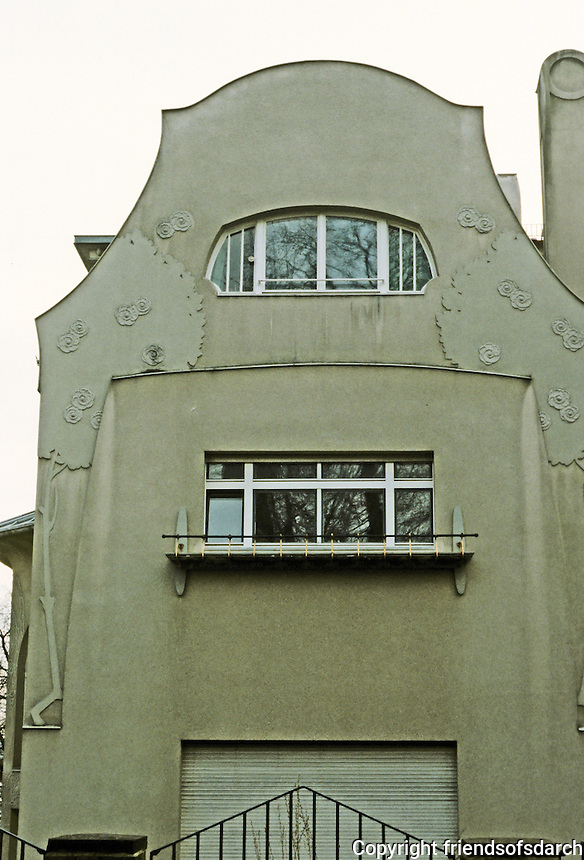 Josef Maria Olbrich: Gluckert House, Darmstadt, 1901. North wall. Photo '87.