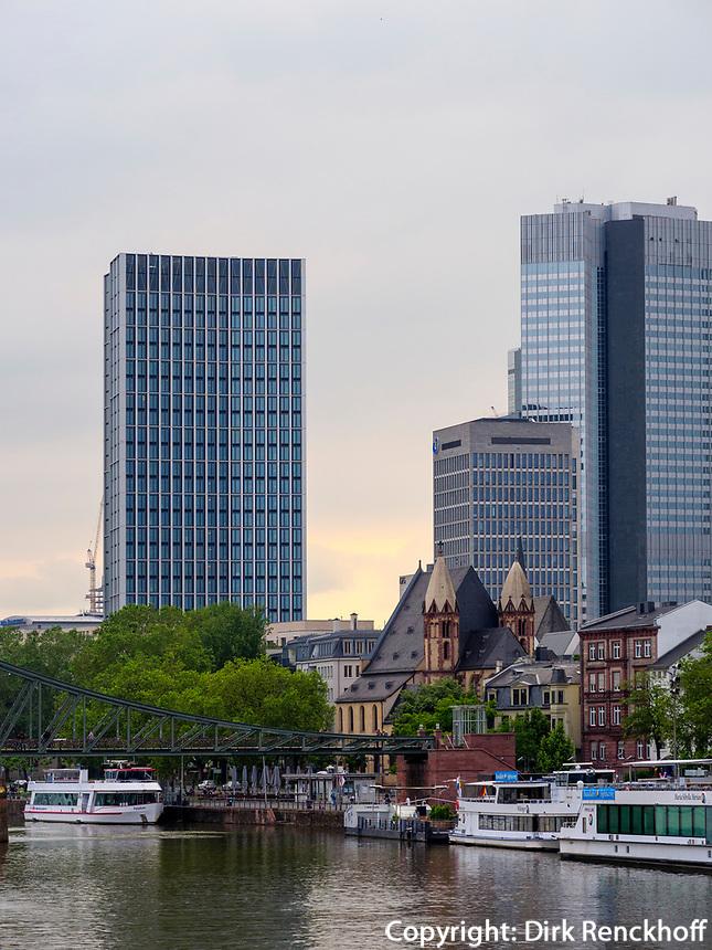 Skyline von Frankfurt, Hessen, Deutschland, Europa<br /> Skyline, Frankfurt, Hesse, Germany, Europe