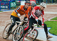 31 AUG 2015 - IPSWICH, GBR - Chris Timms (right) of Birmingham Monarchs manages to stay ahead of Wednesfield's Paul Heard (left) and Chris Jukes (centre) during a heat at the British Cycle Speedway Championships at Whitton Sports and Community Centre in Ipswich, Suffolk, Great Britain (PHOTO COPYRIGHT © 2015 NIGEL FARROW, ALL RIGHTS RESERVED)