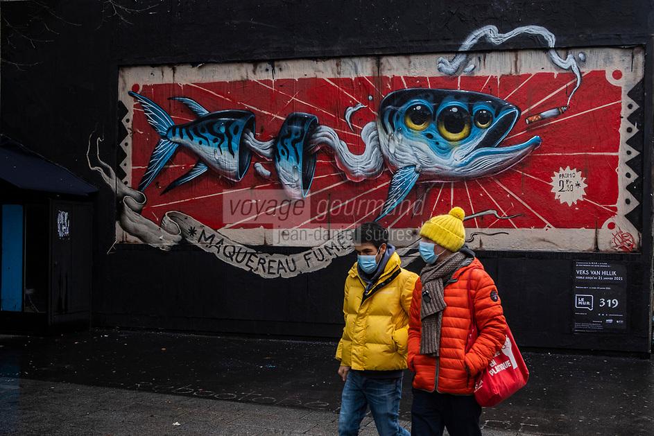 Europe/ Ile de France / Paris /75011 : Le mur d'Oberkampf, ce pari fou devenu une institution du street art parisien  sur l'immeuble de l'historique Café Charbon, L'association le M.U.R. (modulable, urbain, réactif)   odulable, urbain, réactif)                                                          L'artiste VEKS VAN HILLIK interviendra sur Le Mur Oberkampf le samedi 9 janvier                                        Onirique et surréaliste, le style de Veks s'imprègne de diverses influences. De Gustave Doré ou Caravage à Jheronimus Bosch ou encore les primitifs flamands, les peintres classiques sont nombreux à l'inspirer au fil des siècles derniers. Cependant, victime de sa génération, son travail est également teinté par la pop culture, les jeux vidéos, le manga, le graffiti ainsi que le tatouage.   // Europe / Ile de France / Paris / 75011: The Oberkampf wall, this crazy bet that has become an institution of Parisian street art on the building of the historic Café Charbon, the M.U.R. (flexible, urban, responsive) flexible, urban, responsive) Artist VEKS VAN HILLIK will be performing on Le Mur Oberkampf on Saturday January 9 Dreamlike and surreal, Veks's style is permeated with various influences. From Gustave Doré or Caravaggio to Jheronimus Bosch or even the Flemish primitives, many classical painters have inspired him over the last centuries. However, victim of his generation, his work is also tainted by pop culture, video games, manga, graffiti as well as tattooing.