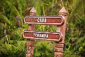 Entrée de la vallée de Tchamba, région de Ponérihouen, côte Est, province Nord, Nouvelle-Calédonie
