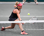 April 5,2017:  Laura Siegemund (GER) defeated Venus Williams (USA) 6-4, 6-7, 7-5, at the Volvo Car Open being played at Family Circle Tennis Center in Charleston, South Carolina.  ©Leslie Billman/Tennisclix/Cal Sport Media