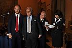 FABIO GALLIA, DIEGO DELLA VALLE E GIANNI LETTA<br /> PREMIO GUIDO CARLI - TERZA  EDIZIONE<br /> PALAZZO DI MONTECITORIO - SALA DELLA LUPA<br /> CON RICEVIMENTO  HOTEL MAJESTIC   ROMA 2012