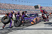 2017 Monster Energy NASCAR Cup Series - Kobalt 400<br /> Las Vegas Motor Speedway - Las Vegas, NV USA<br /> Sunday 12 March 2017<br /> Denny Hamlin, FedEx Office Toyota Camry pit stop<br /> World Copyright: Nigel Kinrade/LAT Images<br /> ref: Digital Image 17LAS1nk07297