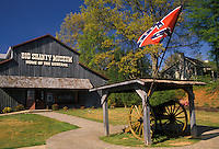 AJ2124, Georgia, Kennesaw, museum, The conferate flag and cannon in front of the Big Shanty Museum.
