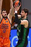 Liga ENDESA 2020/2021. Game: 11.<br /> Club Joventut Badalona vs Valencia Basket: 80-91.<br /> Nikola Kalinic vs Ante Tomic.