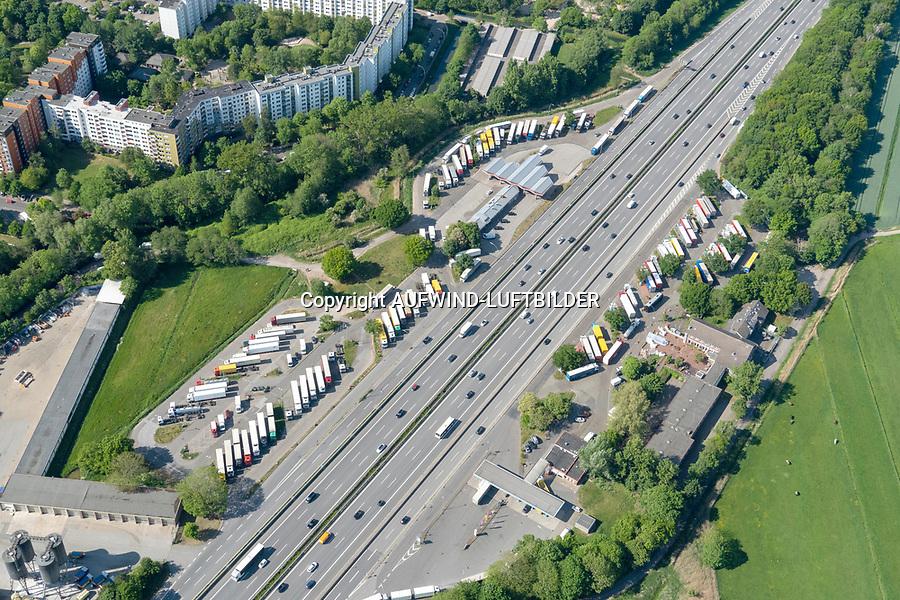 BAB Raststätte Stillhorn, LKW Parkplatz, LKW Parkplatz: EUROPA, DEUTSCHLAND, HAMBURG, (EUROPE, GERMANY), 19.05.2020:BAB Raststätte Stillhorn, LKW Parkplatz, LKW Parkplatz