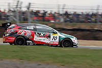 Round 1 of the 2006 British Touring car Championship. #10 Gavin Smith (IRL). VX Racing. Vauxhall Astra Sport Hatch.