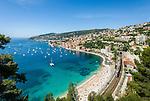 France, Provence-Alpes-Côte d'Azur, Villefranche-sur-Mer: view across old town, port and bay   Frankreich, Provence-Alpes-Côte d'Azur, Villefranche-sur-Mer: Ausblick ueber die Altstadt, den Hafen und die Bucht von Villefranche-sur-Mer
