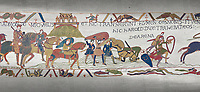 Bayeux Tapestry scene 17 : Crossing the Couesnon River near Mont St Michele, Duke Williams Soldiers sink in quicksand.