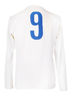 BNPS.co.uk (01202 558833)<br /> Pic: Julien'sAuctions/BNPS<br /> <br /> Pictured: Alfredo Di Stefano 9 White Vintage Real Madrid Long Sleeve Football Jersey.<br /> <br /> An epic collection of medals, trophies, shirts and personal items relating to footballing legend Alfredo Di Stefano is being sold by his family for over £1m.<br /> <br /> Many of the awards won by the great goalscorer have, until recently, been on display at the Real Madrid Museum, the club where he played for most of his career.<br /> <br /> The Argentine-born striker is regarded as one of the best players of all-time and is often compared to Cristiano Ronaldo.<br /> <br /> During Di Stafano's time with Real Madrid in the 1950s and '60s, the Spanish giants dominated European football, largely due to his goals and assists.