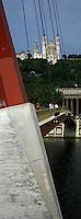 Europe/France/Rhône-Alpes/69/Rhone/Lyon: Quais de Saône Passerelle du Palais de Justice et Basilique Notre dame de Fourviere