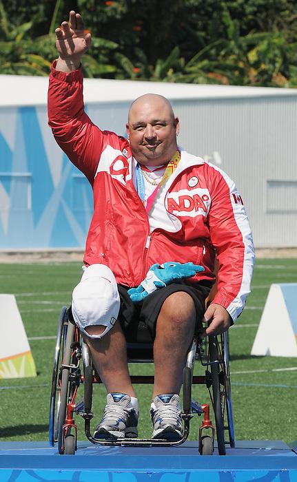 Robert Hudson, Guadalajara 2011 - Para Archery // Partir à l'arc.<br /> Robert Hudson after after receiving his Silver Medal in the Men's Individual Compound // Robert Hudson après avoir reçu sa médaille d'argent dans l'épreuve individuelle masculine. 11/17/2011.