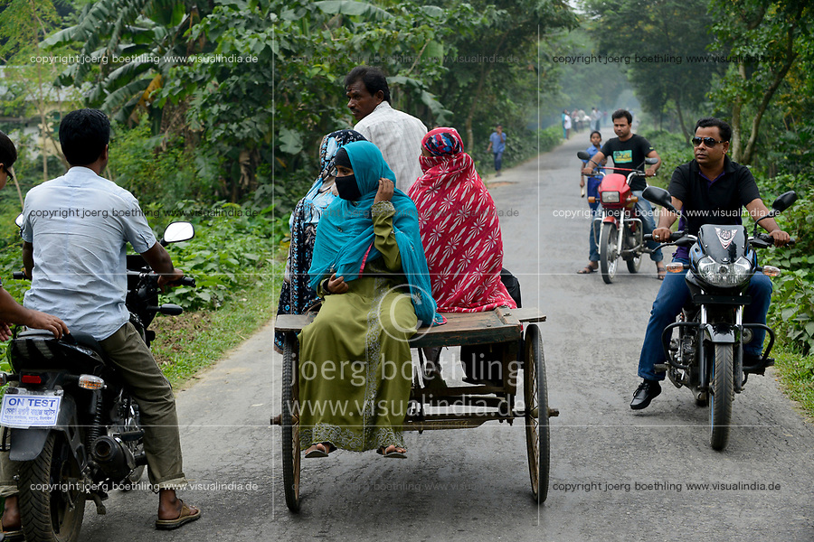 BANGLADESH, Tangail, transport by bicycle rikshaw / BANGLADESCH, Distrikt Tangail, Kalihati, Transport per Fahrradrikscha