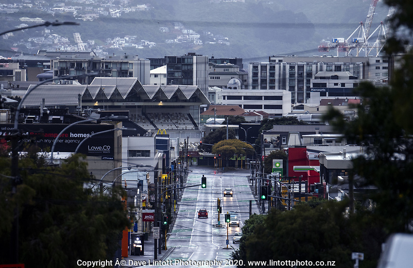 8am on Adelaide Road during lockdown for COVID19 pandemic in Wellington, New Zealand on Thursday, 9 April 2020. Photo: Dave Lintott / lintottphoto.co.nz