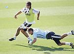 MADRID (11/08/2010).- Real Madrid training session at Valdebebas. Sami Khedira and Jerzy Dudek...Photo: Cesar Cebolla / ALFAQUI