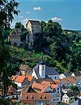 Deutschland, Bayern, Franken, Fraenkische Schweiz, Pottenstein mit Burg   Germany, Bavaria, Franconia, The Little Switzerland in Upper Franconia, Pottenstein: with castle Pottenstein