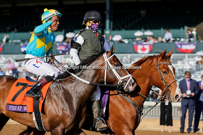 November 6, 2020: Fire at Will, ridden by Ricardo Santana, Jr., wins the Juvenile Turf Presented By Coolmore America on Breeders' Cup Championship Friday at Keeneland on November 6, 2020, in Lexington, Kentucky. Matt Wooley/Eclipse Sportswire/Breeders Cup/CSM